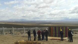 Inauguraron en la Puna la primera central fotovoltaica autónoma del país
