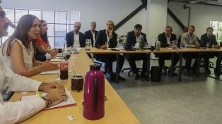 Vidal se reunió con la Mesa Agropecuaria y garantizó la continuidad de las obras