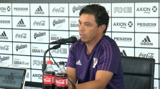 Gallardo incluyó a Angileri en la delegación que viajará a Perú para el debut en la Copa
