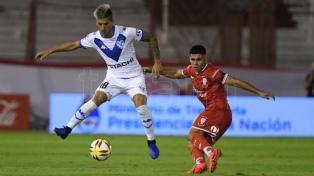 Huracán y Vélez igualaron, en un partido discreto