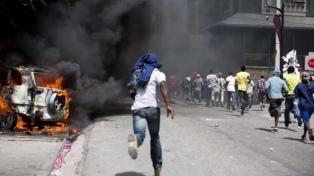 El país está paralizado después de ocho días de violentas protestas