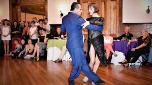 """El bailarín Forquera presenta la tercera edición de """"Tango Esencia Festival"""""""
