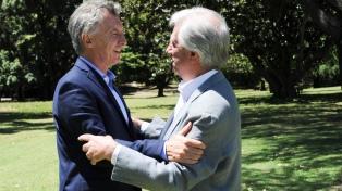 """Macri y Tabaré Vázquez pidieron """"elecciones libres y creíbles"""" en Venezuela"""