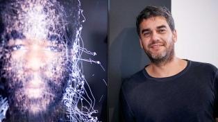 Un artista argentino llama la atención de los reyes de España