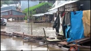La Paz y Lima sufren inundaciones luego del azote de fuertes lluvias
