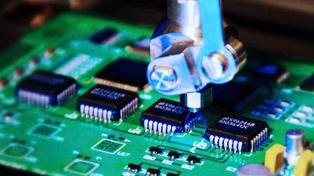 Tecnológicas firman un acuerdo para mantener los empleos