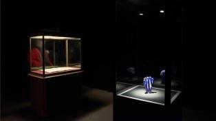 Exponen en Viena los argentinos que hacen obras inspiradas en meteoritos