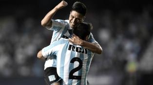 Racing, el líder de la Superliga, cosechó un empate agónico con Colón en Santa Fe