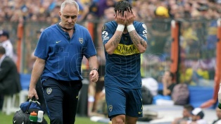 Boca no para de sufrir: Cristian Pavón se desgarró la pierna izquierda