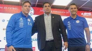 Berizzo fue presentado en Paraguay, con el compromiso de estar en Qatar 2022