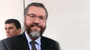 El canciller busca explorar una posible visita de Bolsonaro a Italia y el Vaticano