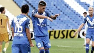 Vélez venció a Godoy Cruz y se acerca a puestos de Libertadores