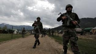Atacan el territorio pakistaní en represalia por Cachemira