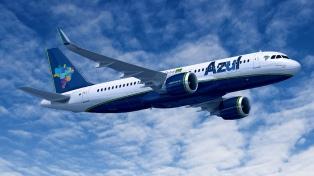 Autorizan a la empresa brasileña Azul a operar desde Ezeiza