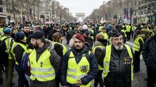 """Bajó el número de manifestantes en una nueva protesta de """"chalecos amarillos"""""""