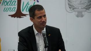 """Guaidó pidió que viajen senadores italianos para """"constatar la crisis"""""""