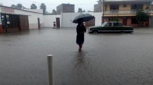 Cerca de treinta familias evacuadas por un temporal de lluvia
