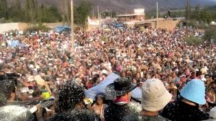 """El carnaval marcó un """"récord turístico"""" con más de 40 mil turistas celebrando"""