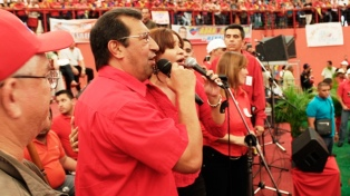 Maduro designa a un hermano de Chávez embajador en Cuba