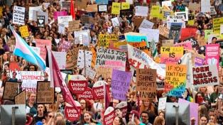 El fin de la violencia y la igualdad, dos demandas que recorren el mundo