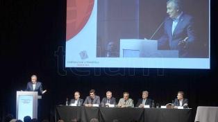 Urtubey y Morales admitieron crisis en la vitivinicultura