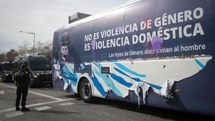 Barcelona denunció a una organización ultraderechista por difundir mensajes de odio