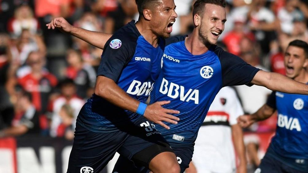 Talleres se lo dio vuelta a Newell´sy festejó en Rosario