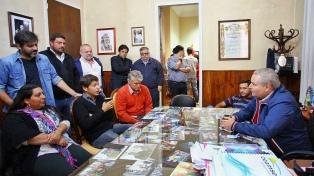 Kicillof continúa sus giras de campaña por localidades del centro de la provincia de Buenos Aires