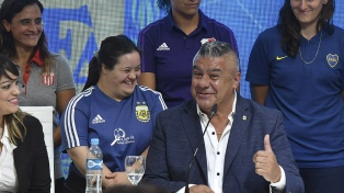 Se profesionaliza el fútbol femenino: acuerdo entre AFA y Agremiados