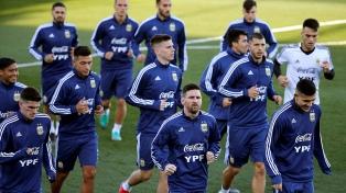 Messi completó el segundo entrenamiento