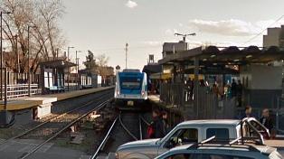 Murió un operario al caer desde un techo en la estación Castelar