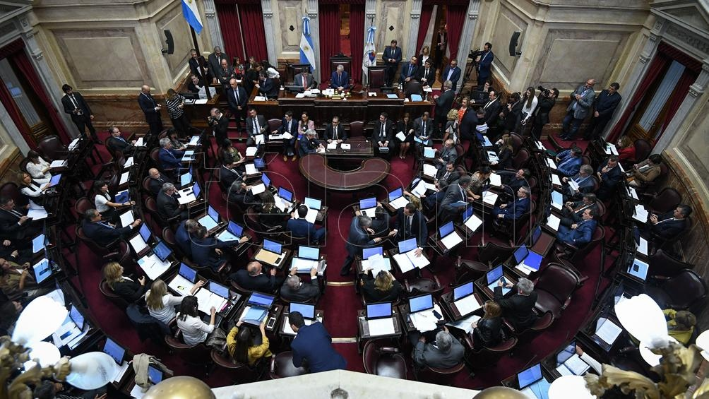 En sesión especial, debaten la Ley del Traspaso Presidencial