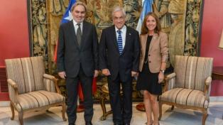 Lopetegui se reunió con Piñera para aumentar las exportaciones de gas a Chile