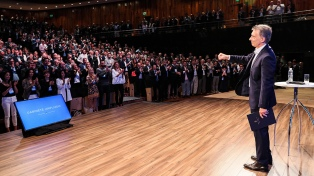 """""""Vamos a ganar, vamos a dar pelea"""", dijo Macri ante sus funcionarios"""