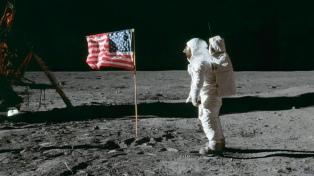 """Un argentino que trabaja para la NASA dice que """"pisar Marte no podrá igualar"""" la llegada a la Luna"""