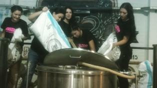 """Lanzaron la cerveza solidaria """"Alfonsina"""", a beneficio de chicos con cáncer"""