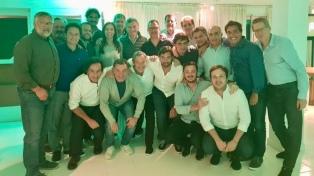 Con visita sorpresa de Macri, finalizó el retiro de Vidal y su gabinete