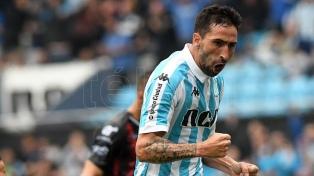 Donatti se entrenó por primera vez con San Lorenzo por un permiso de Racing, su ex club