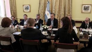 Macri encabeza una reunión del gabinete nacional