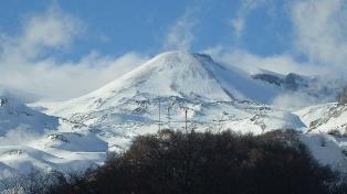 Registran una nueva explosión en un complejo volcánico cercano a Neuquén