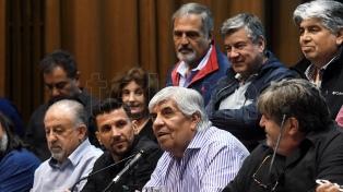 Las dos CTA y los gremios moyanistas convocaron a un paro nacional para el 30 de abril