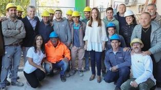 Macri y Vidal recorrieron las obras del Hospital Posadas de Saladillo