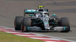 """Bottas marcó la """"pole position"""" en el trazado de Bakú"""