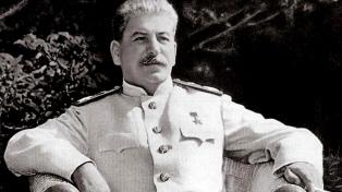 Stalin obtuvo la mejor imagen en 20 años, según una encuesta