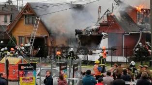 Se estrelló una avioneta contra dos casas: al menos seis muertos