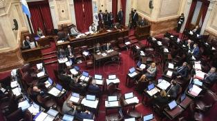 Homenajearon a Olivares en el Senado
