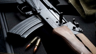 Rusia investiga robos en construcción de fábrica de fusiles Kaláshnikov en Maracay