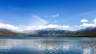 Tafí del Valle reluce entre los picos del Aconquija y las cumbres calchaquíes
