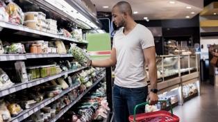 Aseguran el abastecimiento de productos en el plan Precios Esenciales