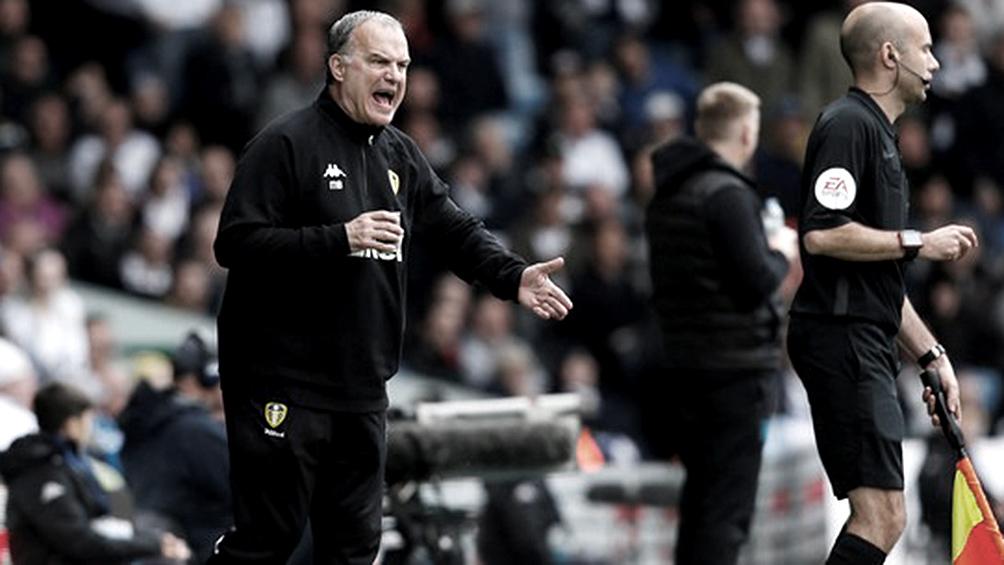Leeds de Bielsa es el nuevo líder de la segunda división inglesa tras emotivo triunfo en Birmingham